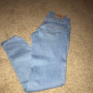Levi's super skinny jeans, size 28
